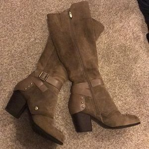 FERGIE TAUPE KNEE LENGTH SUEDE BOOTS STACKED HEEL